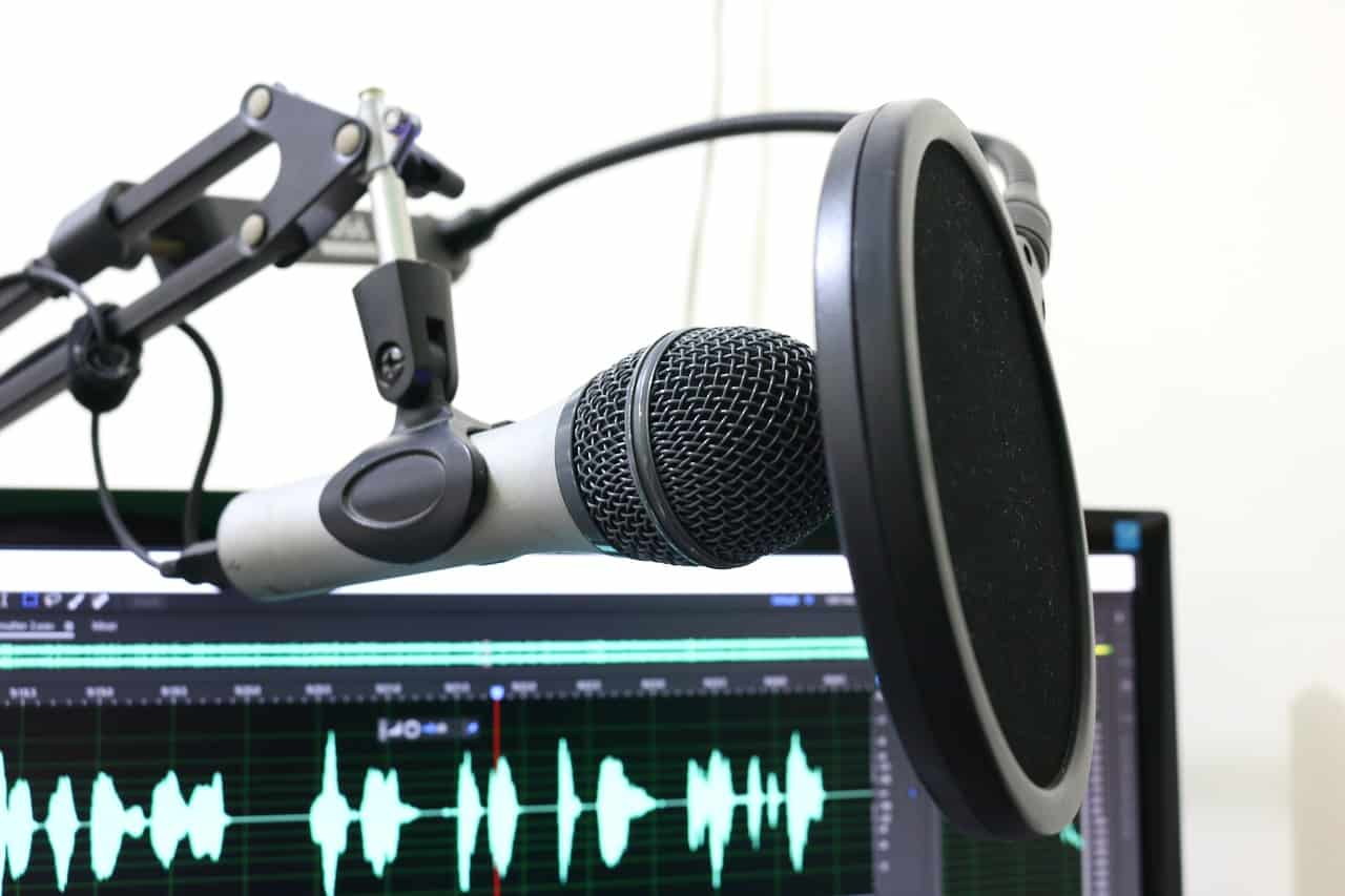 The Best Investing Podcasts for Beginners and Advanced Listeners in 2020